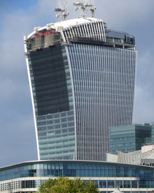 Temporary mesh screens applied to the south face of 20 Fenchurch to reduce glare reflections.